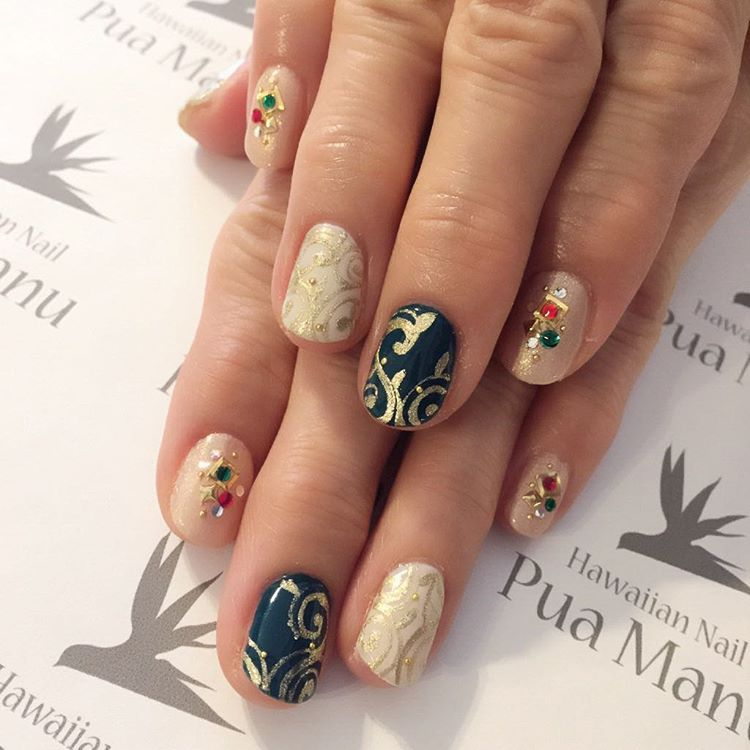 Christmas festive nails by aska1007 | Naomi 'N Doll