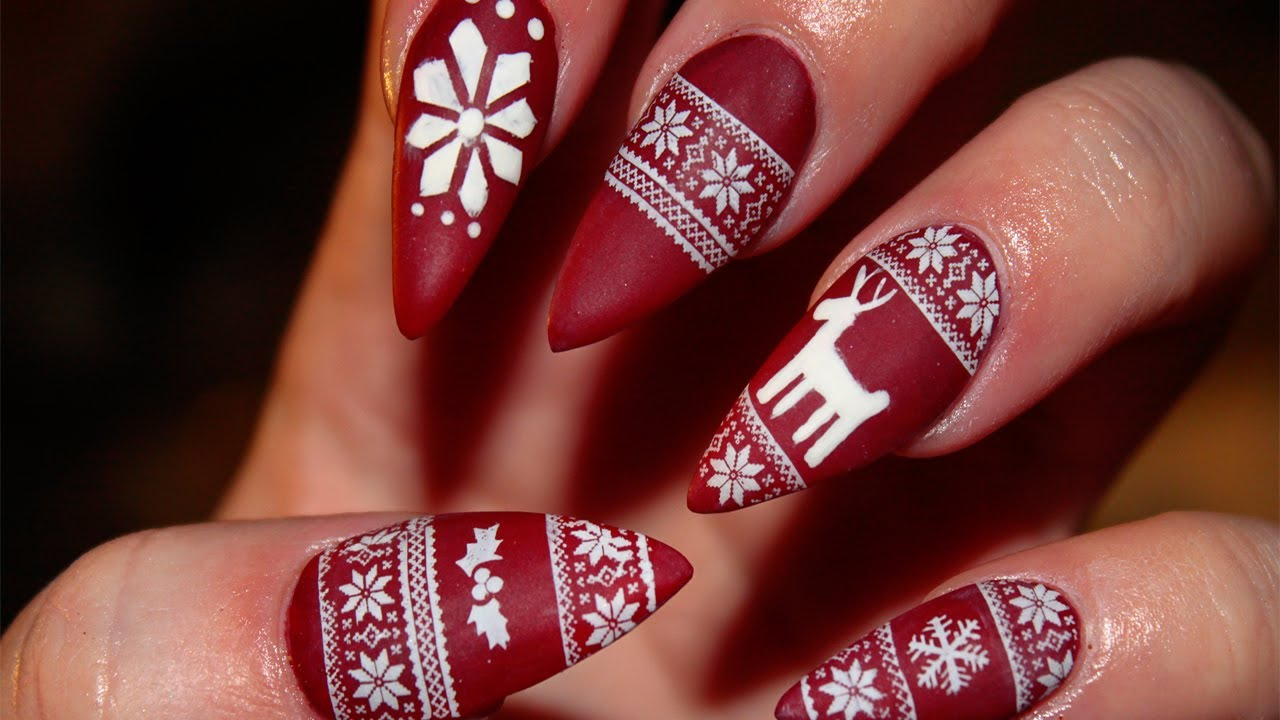 Christmas festive nails dazzle glam nails | Naomi 'N Doll
