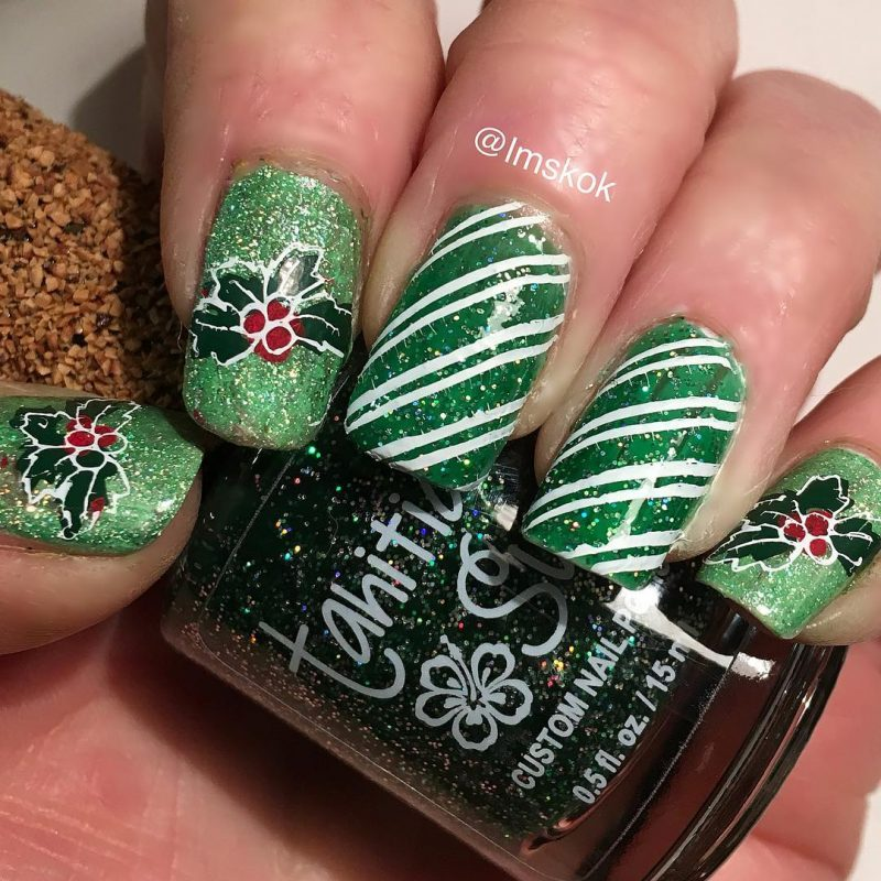 green and white festive nails naomi n doll